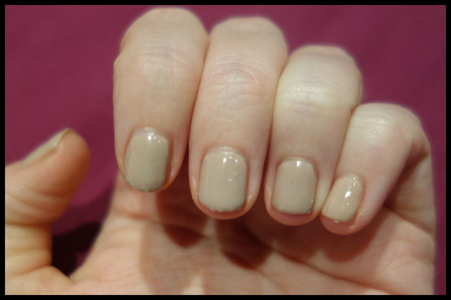 Reviews: Sensationail Sugar Plum and Taupe Tulips gel varnishes ...