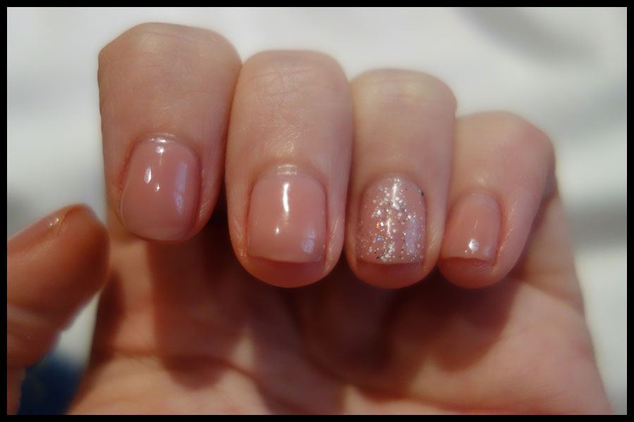 Review: Elegant Touch Lux Gel varnishes and a Red Carpet Manicure ...