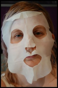 'actual product may differ slightly to the image on the package' this does not look as relaxing as that picture did! Kind of feels like a Halloween mask