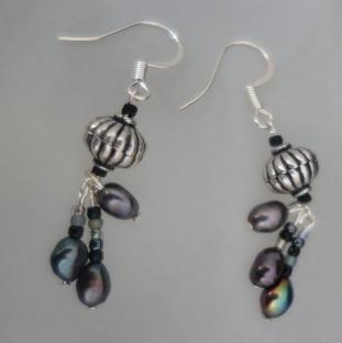 silver black pearl dangle earrings