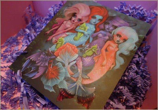unicorn-cosmetics-bubbles-mermaid-fan-brush-9