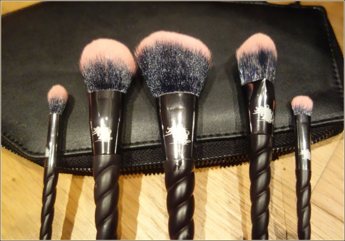 unicorn-cosmetics-spooky-brushes-8