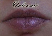 Sleek-Makeup-Matte-Me-Metallic-Liquid-Lipsticks-4