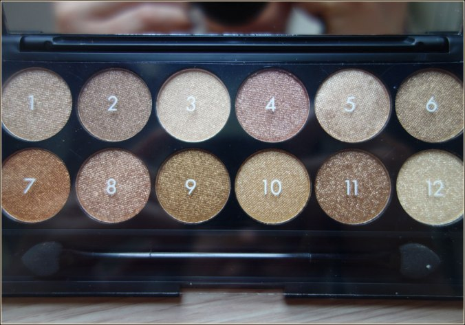 sleek-makeup-gleaming-in-gold-eyeshadow-palette-3
