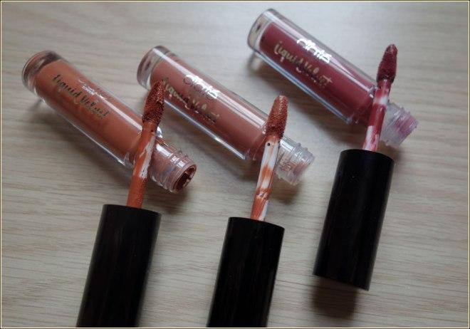 ciate-liquid-velvet-matte-lipstick-oh-honey!-delight-pin-up-2