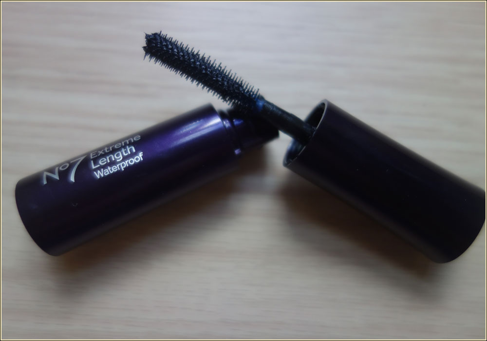 no7-extreme-length-waterproof-mascara-1