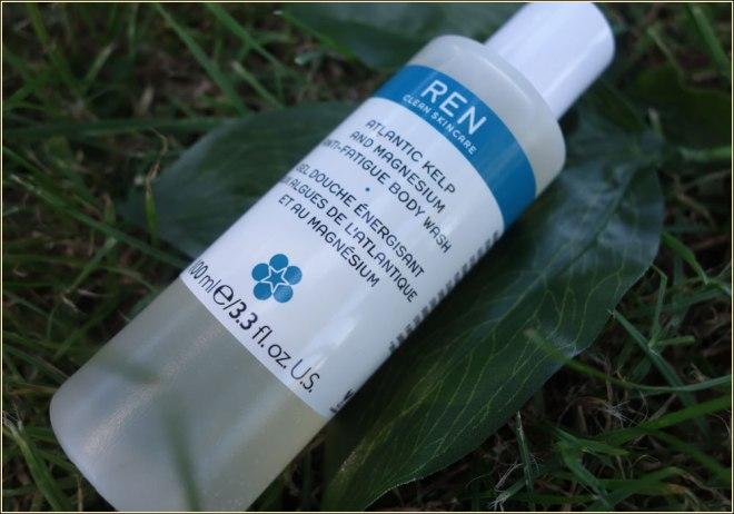 ren-kelp-and-magnesium-anti-fatigue-body-wash-1