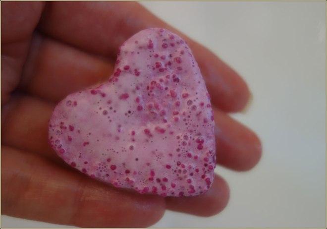 the-body-shop-bath-bubble-solid-bubble-bath-pink-grapefruit-2