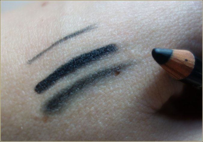 ciate-wonderwand-black-kohl-gel-eyeliner-pencil-4